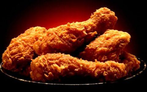 خطرات ترسناک مصرف مرغ نیم پز
