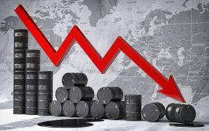 ریزش قیمت نفت رکورد زد