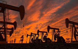 قیمت نفت خام جهش کرد/ برنت به ۷۰ دلار نزدیک شد