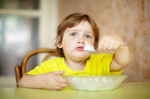 غذاهای متنوع و مقوی برای صبحانه کودک