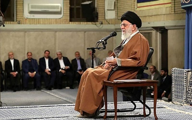 مخالفت رهبر انقلاب با برگزاری جلسه بزرگداشت ایشان