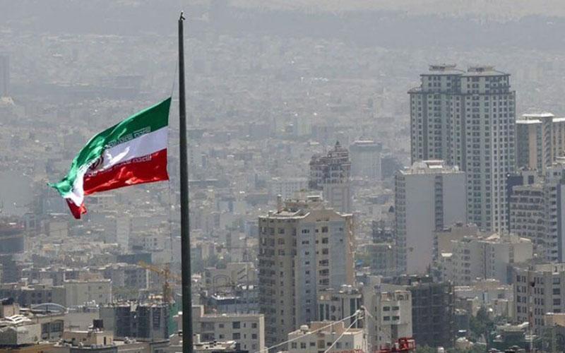 وزش تندباد لحظهای در تهران پیشبینی میشود