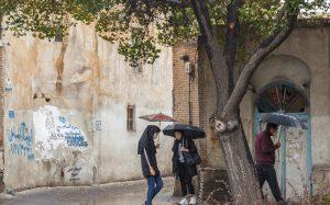 پیشبینی رگبار پراکنده و تندباد لحظهای در تهران