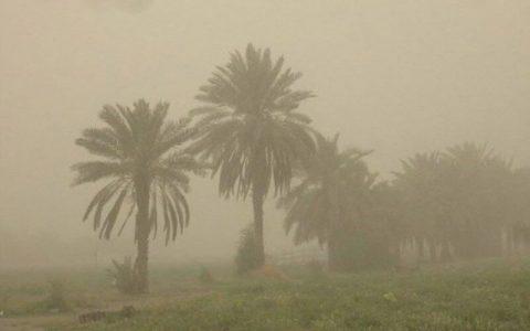 گرد و خاک ۱۷ شهر خوزستان را فرا گرفت