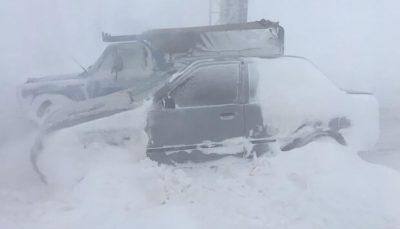 ۱۰ ساعت گرفتاری مسافران در برف و کولاک محور دامغان-سمنان
