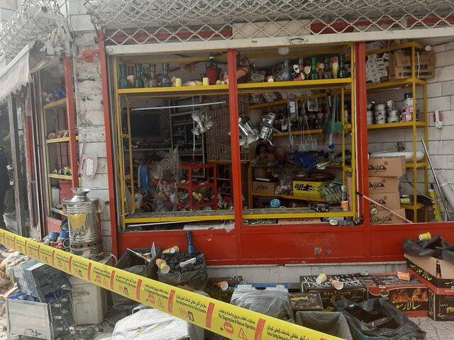 انفجار مواد محترقه در یک مغازه/ تخریب پژو 206 و جک