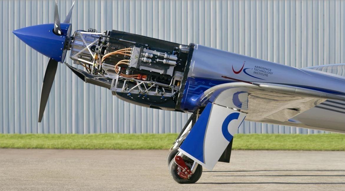 13991216154441418223632710 سریعترین هواپیمای برقی جهان ساخته شد /تصاویر