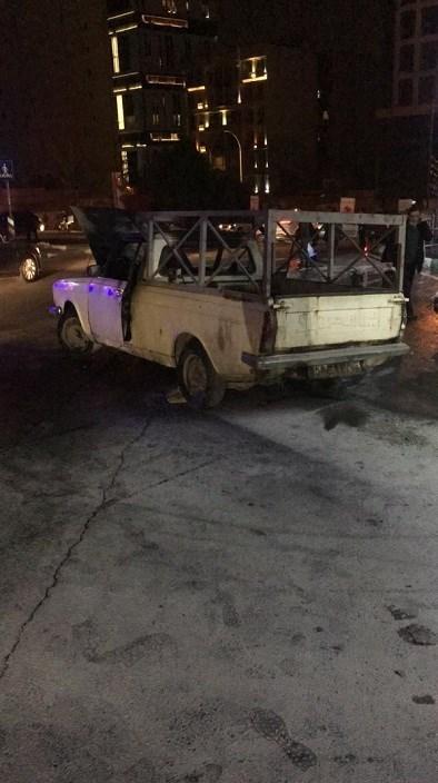 مأمور پلیس برای متوقف کردن خودروی شعلهور به دل آتش زد / تصاویر