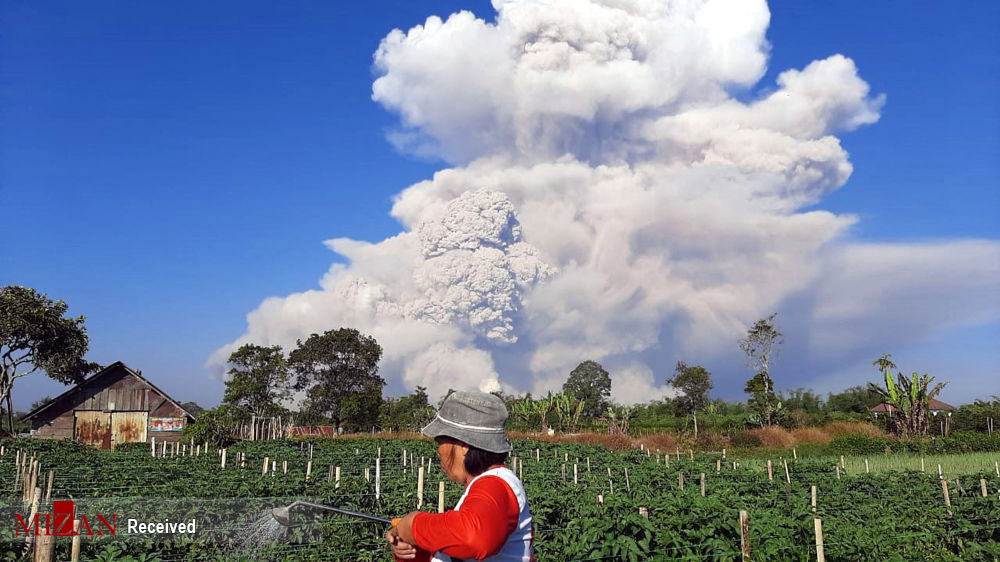 فوران آتشفشان سینابونگ اندونزی/ تصاویر