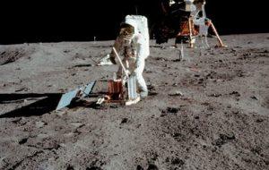 واحدهای تحقیقاتی آزمایشی روی سطح ماه