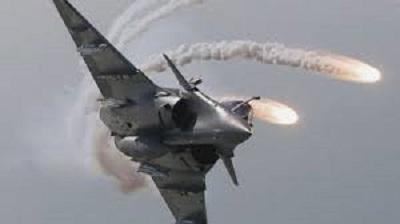 download 3 جنگندههای عراق مخفیگاههای داعش را درهم کوبیدند