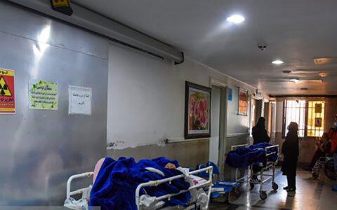 اسکان بیماران در راهروهای بیمارستان دزفول