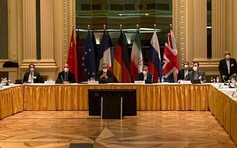 برهانی: هدف اسرائیل از حمله به تاسیسات هستهای ایران، مذاکرات وین است