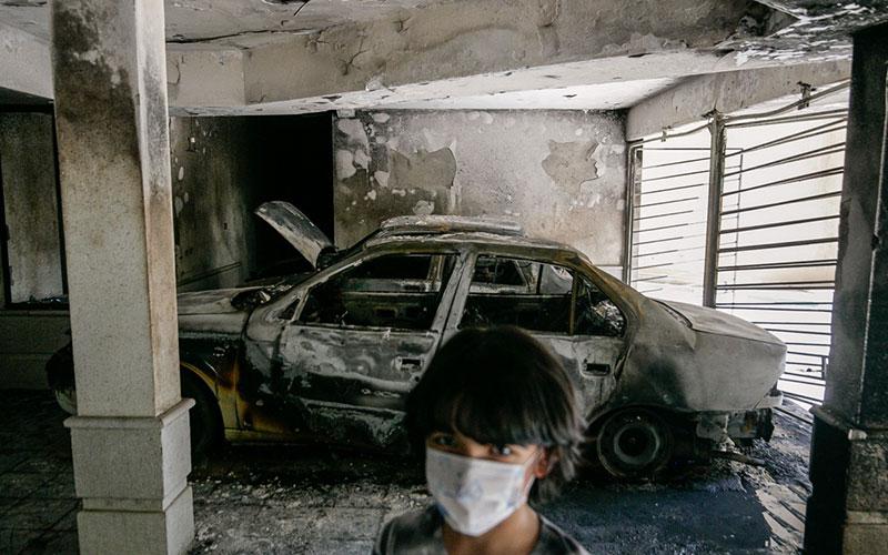 خسارت آتش سوزی در مجتمع مسکونی - شیراز