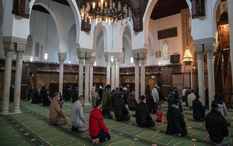 دستور فرانسه برای افزایش تدابیر اطراف مساجد