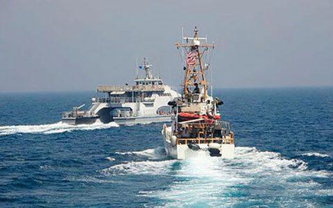 شلیک تیرهای هشدار دهنده به سمت قایق های تندروی ایران