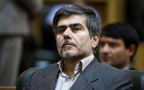 عباسی: رئیس انرژی اتمی اصرار داشت یک عنصر امنیتی رانده شده فعالیت کند