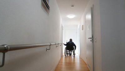 عوامل تشدید کننده خطر زوال عقل در میانسالان و سالمندان