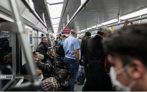 رقص کرونا در تهران و اصرار مدیران بر اجرای طرح ترافیک/ آیا نمی توان با لغو طرح ترافیک ازدحام مترو و اتوبوس را کاهش داد؟