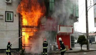 نجات خانواده اهوازی از میان شعلههای آتش