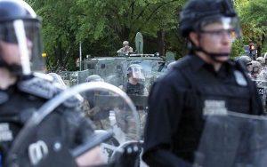 ۲ کشته در پی حمله خودرویی به ساختمان کنگره آمریکا