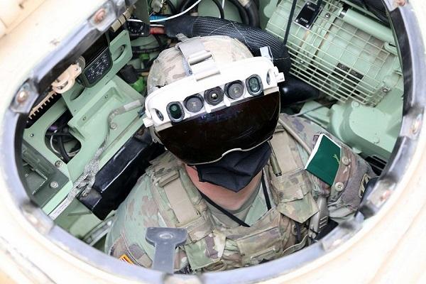 نسل جدید عینک های نظامی پیشرفته در ارتش آمریکا معرفی می شود/ عکس