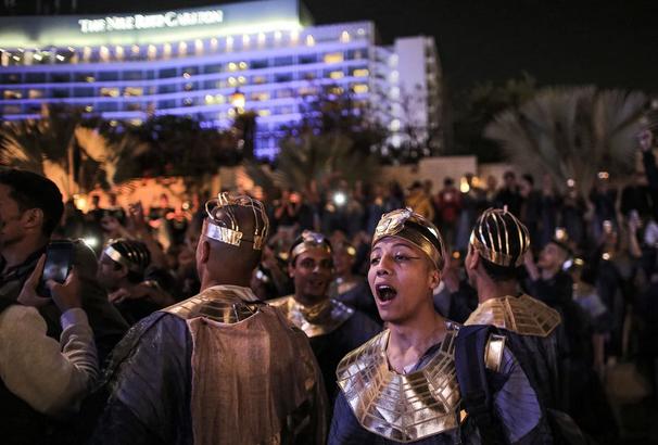 رژه مومیایی های فراعنه مصر در خیابان های قاهره / عکس