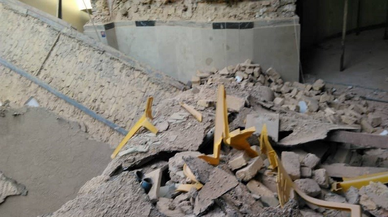 ۲ مصدوم بر اثر ریزش آوار در ساختمان در حال تخریب/ تصاویر