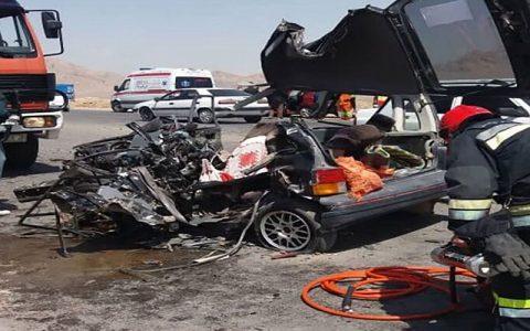 2 زن اصفهانی در این پراید له شده کشته شدند