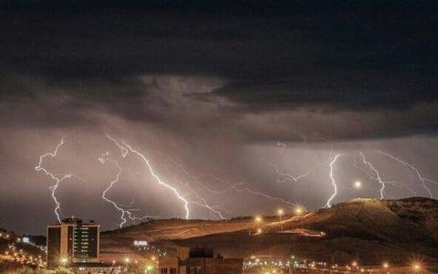 هشدار هواشناسی نسبت به وقوع رگبار و باد در ۱۱ استان