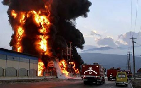 آتشسوزی شهرک صنعتی لیا اطفا شد