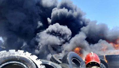 آتشسوزی محل نگهداری ضایعات لاستیک/ تصاویر