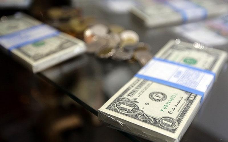 اُفت قیمت ۲۷ ارز در بازار بین بانکی
