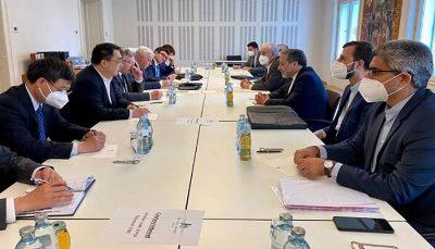 نشست سه جانبه نمایندگان ایران، روسیه وچین در وین