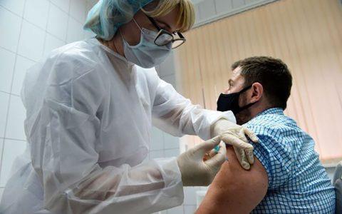 واکسیناسیون مان علیه کرونا
