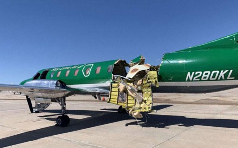 فرود معجزهآسای هواپیمای دو نیم شده در دنور/ تصاویر
