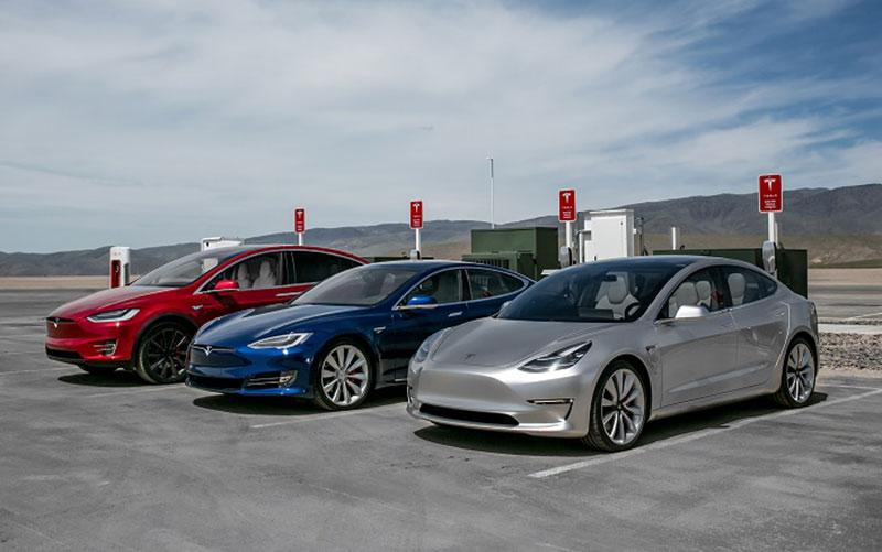 طرح ۱۷۴ میلیارد دلاری بایدن برای گسترش استفاده از خودروی الکتریکی