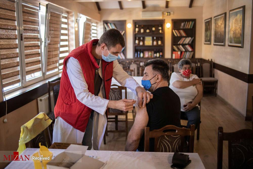 واکسیناسیون شدن در اماکن غیر معمول