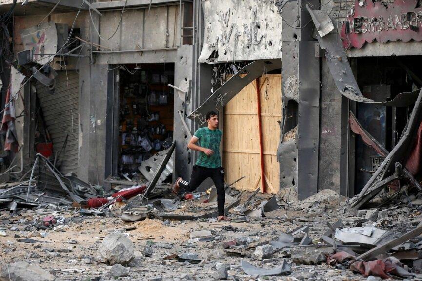 ویرانههای غزه زیر حملات هوایی اسرائیل/ تصاویر
