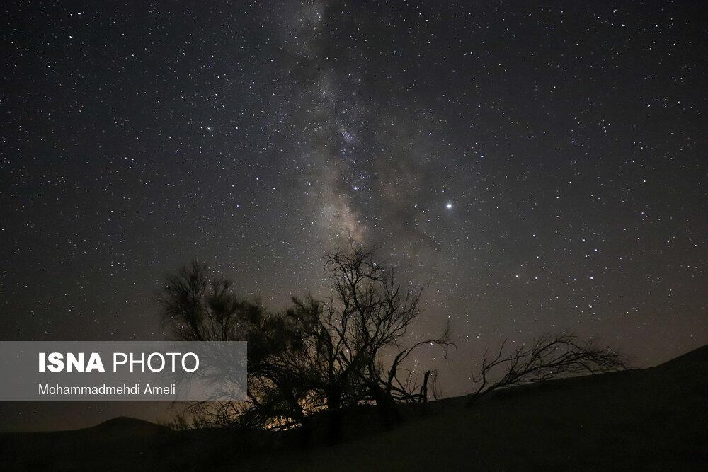 رد ستارگان در آسمان ایران