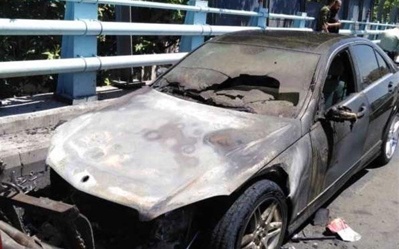 آتشسوزی بنز روی پل ارتش