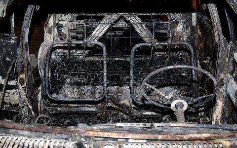 آتش سوزی پراید در بزرگراه یادگار امام