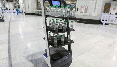 استفاده از روبات در مراسم حج امسال