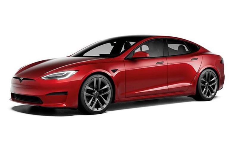 ایلان ماسک از تولید نشدن تسلا مدل S پلید پلاس خبر داد