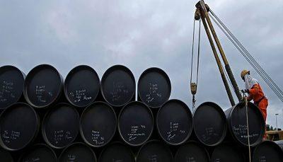 قیمت نفت همچنان بالا میرود