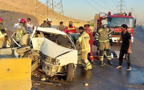 مصدومیت 7 مسافر به دلیل تصادف پراید در بزرگراه شهید رستگاری