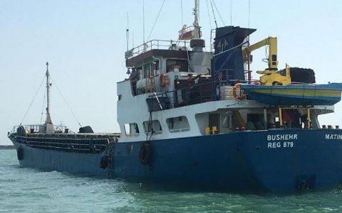 نجات جان ۷ سرنشین شناور مغروقه خارج از آبهای حاکمیتی