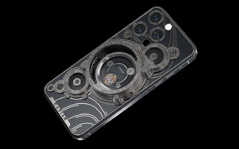 کاویار از مدلهای مفهومی لوکس آیفون ۱۳ پرو با تم کیهانی رونمایی کرد