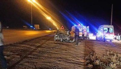 تصادف مرگبار وانت تویوتا حامل سوخت قاچاق با یک دستگاه پژو در مسیر خاش
