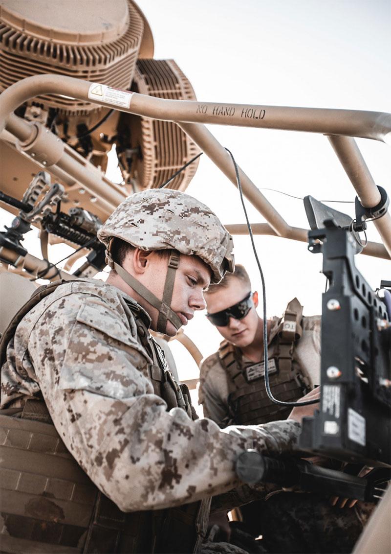 تمرین مشترک آمریکا و عربستان برای مقابله با پهپادها/ عکس